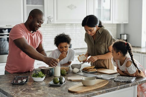 Getting The Whole Family On Board With Clean Eating